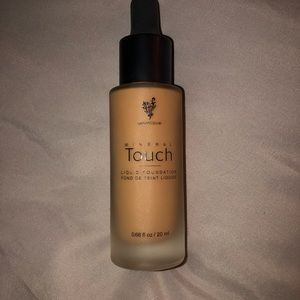 Younique Mineral Touch Foundation